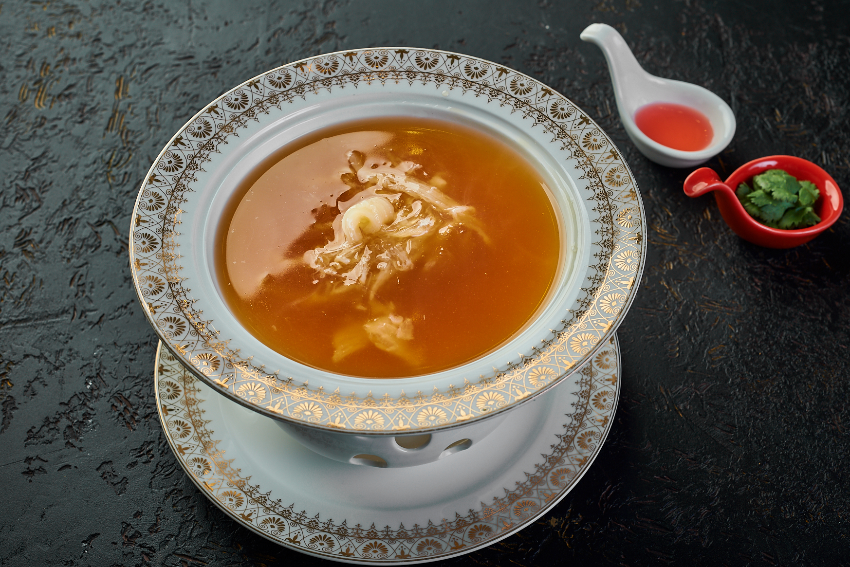 Gin Gow Imperial Shark Fin Soup 2800₽