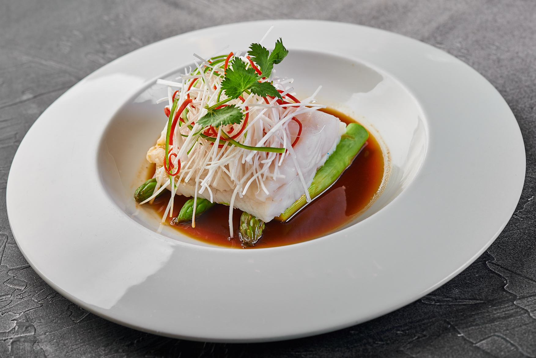 Fish steamed with asparagus 2600₽