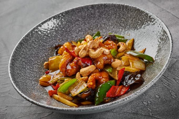 Морепродукты в устричном соусе с овощами 1800₽