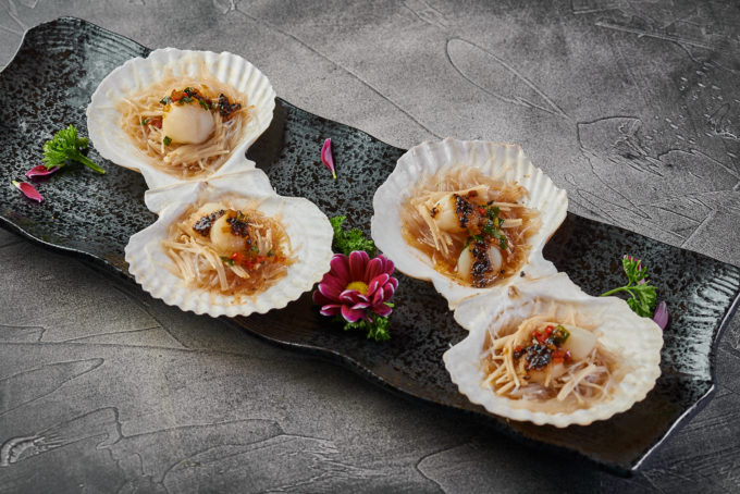 Scallops in shells with black beans 1350₽