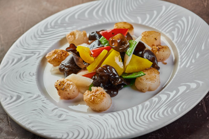 Scallop with Chinese yam and vegetables 1800₽