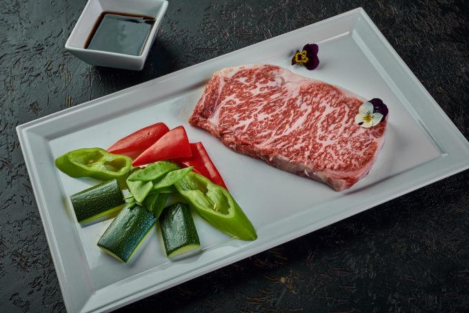 日式和牛牛排 7500₽
