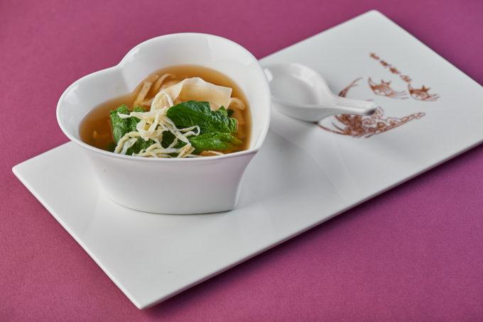 Wonton soup with pork 600₽