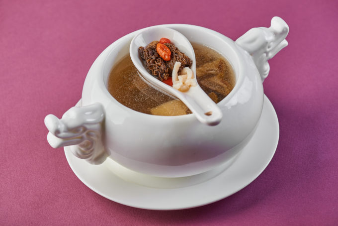 Chicken soup with matsutake mushrooms 800₽