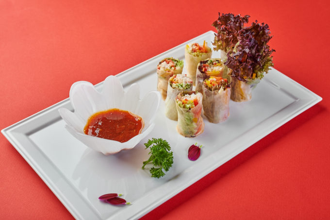 Fresh spring rolls with crab 950₽