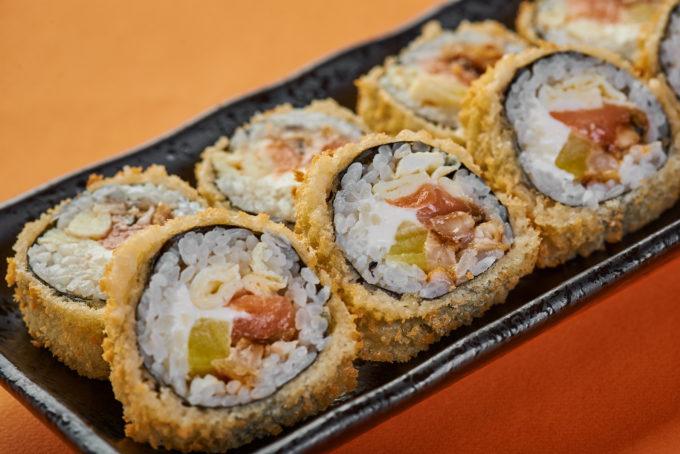 香酥三文鱼奶油芝士寿司 800₽